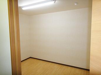 施工後の会議室の様子です。